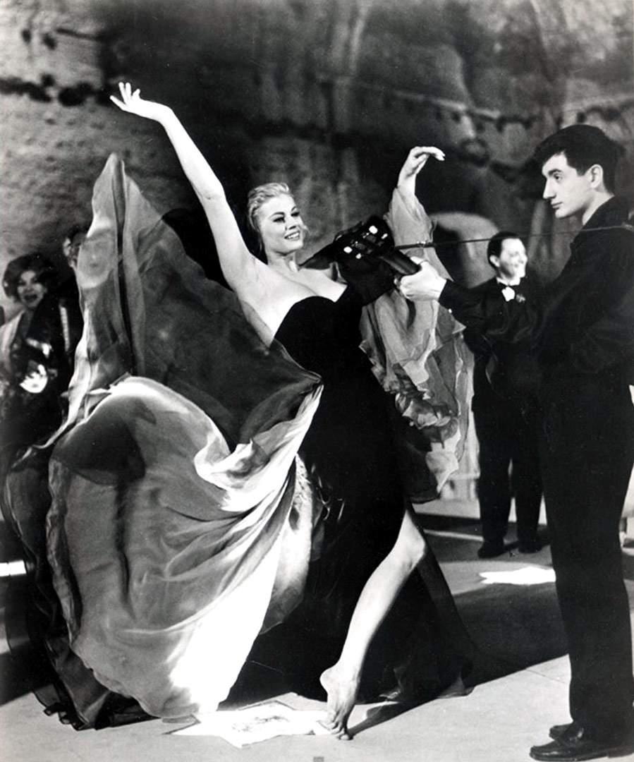 7 momente fashion celebre din istoria filmului dressbox for La dolce vita