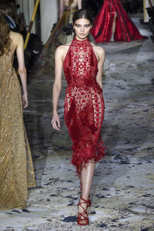 rochie de seara rosie. rochii de seara la moda 2018